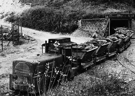 1906 Début de l'exploitation de la mine de Saint-Ambroix