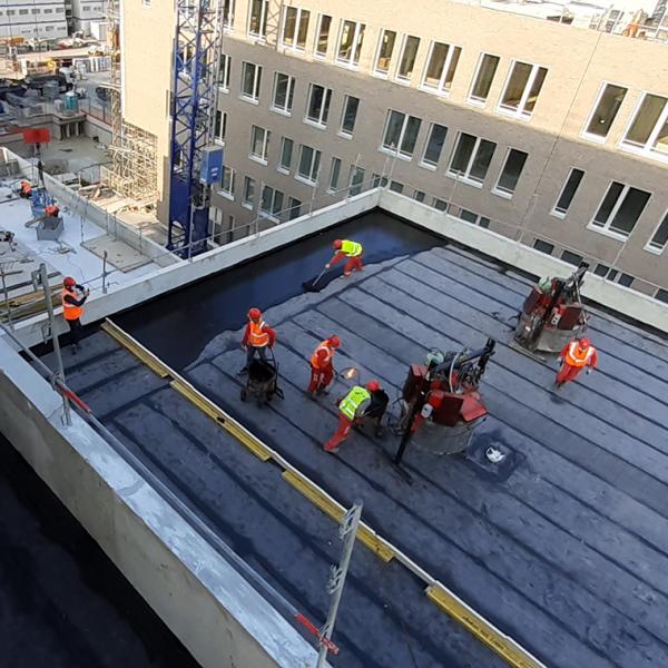 Réalisation d'un toit terrasse par les équipes SMAC Antony